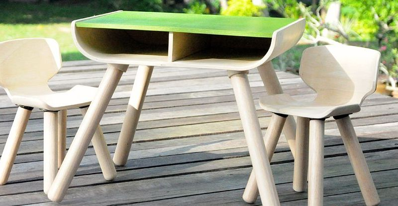 PlanToys-table--chair-2